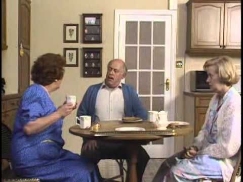 keeping up appearances series 2 episode 2
