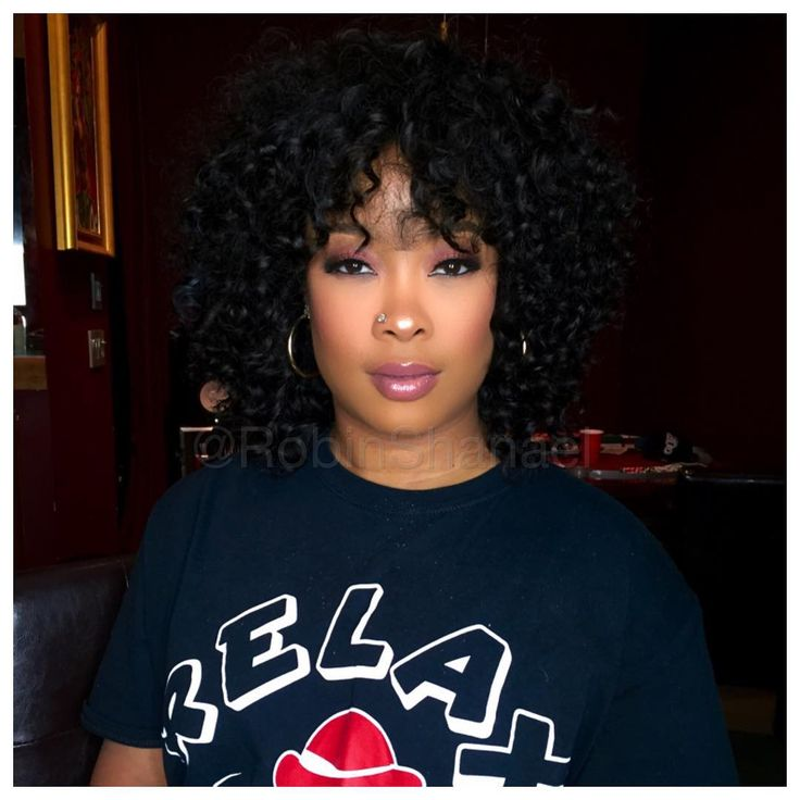 Da Brat is so pretty! Her hair and makeup is on point!