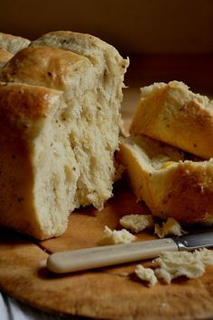 Mosbolletjies! (Soft sweet bread traditionally made with grape must and aniseed)