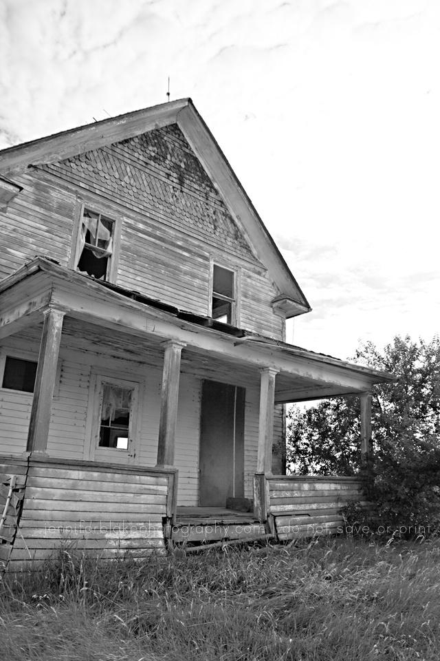 Saskatchewan Ghost Towns    www.jenniferblakephotography.com