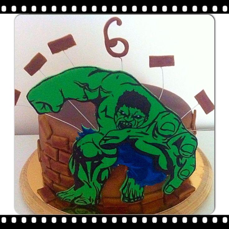 Halk fondant cake