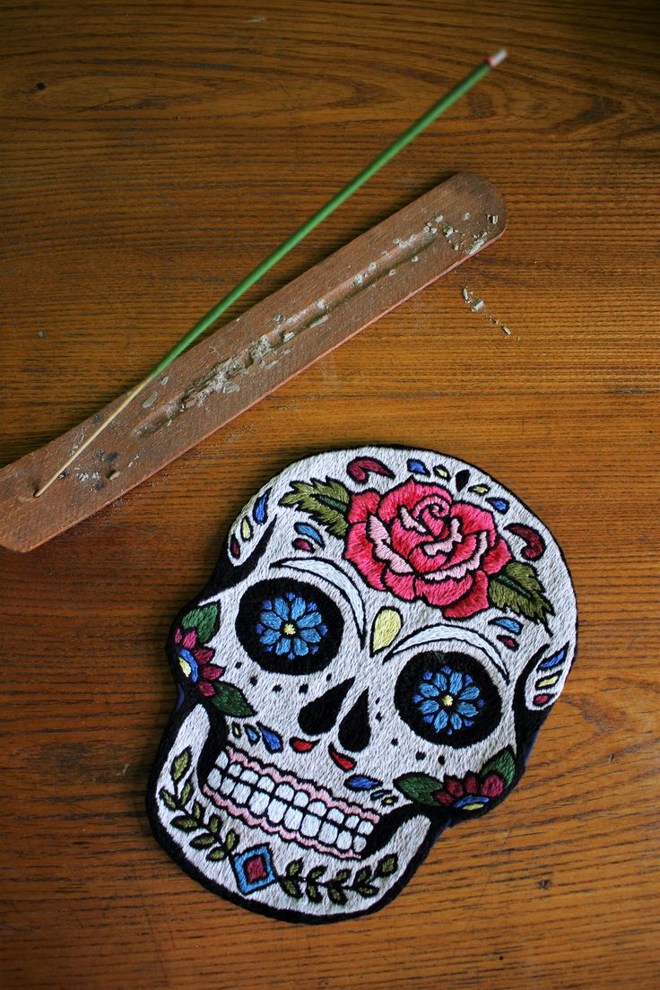 Handmade oldschool tattoo designs for those who are afriad of needles or would like to put the ink in less obvious place. Embroidered, cross stitched, trying various technics. Many classics themes - anchors, marmaids, pin up, skulls.. #oldschool #tattoo #design, #embroidery, #handmade, #sugar #skull