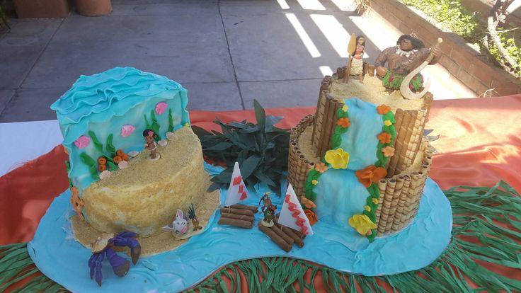 MOANA CAKES