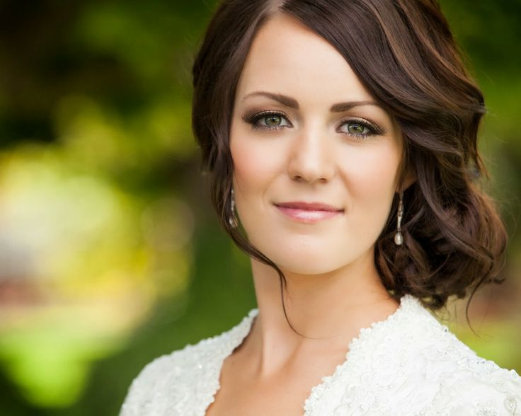 bridal hair and makeup. www.jesilyn.com