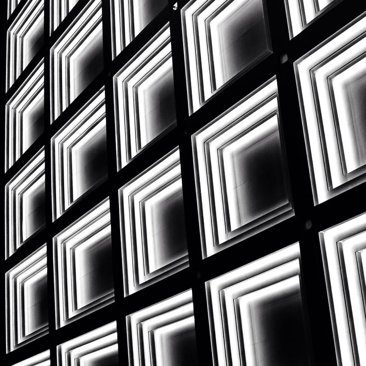 Top light cells at the main entrance to Four Season Hotel