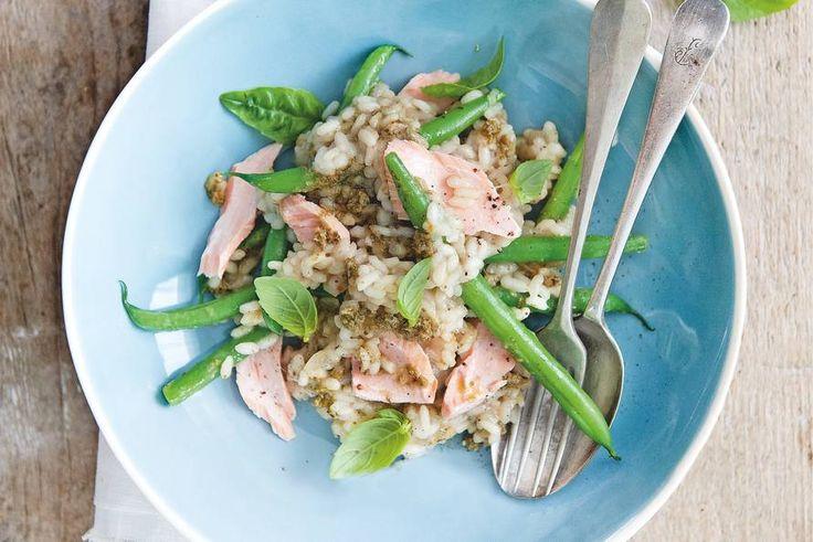 7 december - Sperziebonen + risottorijst + verse groene pesto + zalmfilet in de bonus = romige risotto op #bonusmaandag - Recept - Allerhande