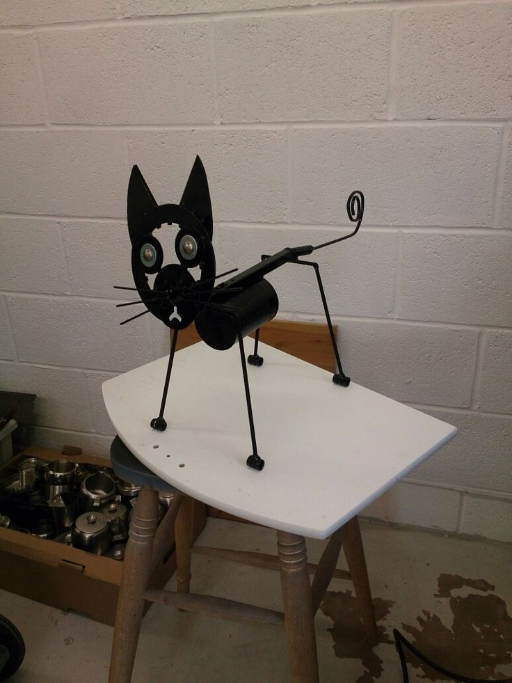 Another metal cat, re-cycled parts