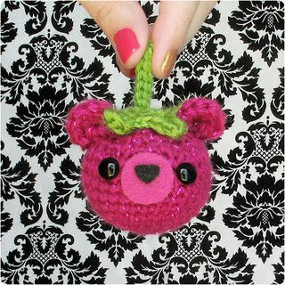 SNAIL Crochet Pattern by Gleeful Things $2  (correct photo not available)
