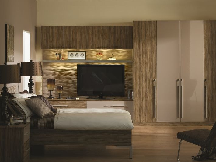 Add a little sophistication to your bedroom with this high gloss cappuccino and satin olivewood finish.