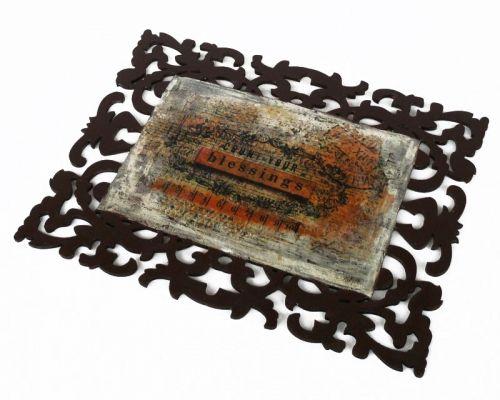 Ξύλινο διακοσμητικό καδράκι σε καφέ χρώμα, διακοσμημένο με vintage εικόνα τοποθετημένη με την τεχνική του decoupage | myartshop