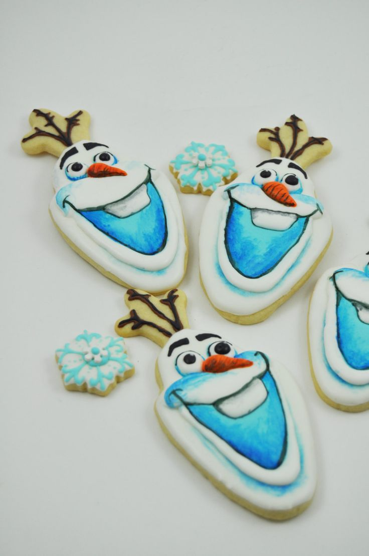 Winter Wonderland Frozen, snowflakes and Olaf the snowman Disney Cookies - 1 Dozen - cute decorated iced sugar cookies