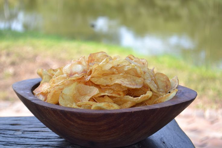 Delicious potato chips for sundowners. Find Recipe here > http://campjabulani.com/from-the-kitchen-delicious-potato-chips-for-sundowners/  #food #delicious #foodpics