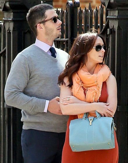 WHAT??? Am I the only one who didn't know they are a REAL couple besides The Client List AND expecting a baby! OMW- Jennifer Love Hewitt's Love Life: Brian Hallisay