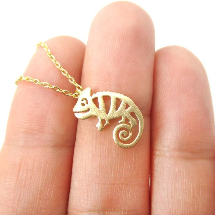 Adorable Chameleon Shaped Cut Out Charm Necklace in Gold   Animal Jewelry