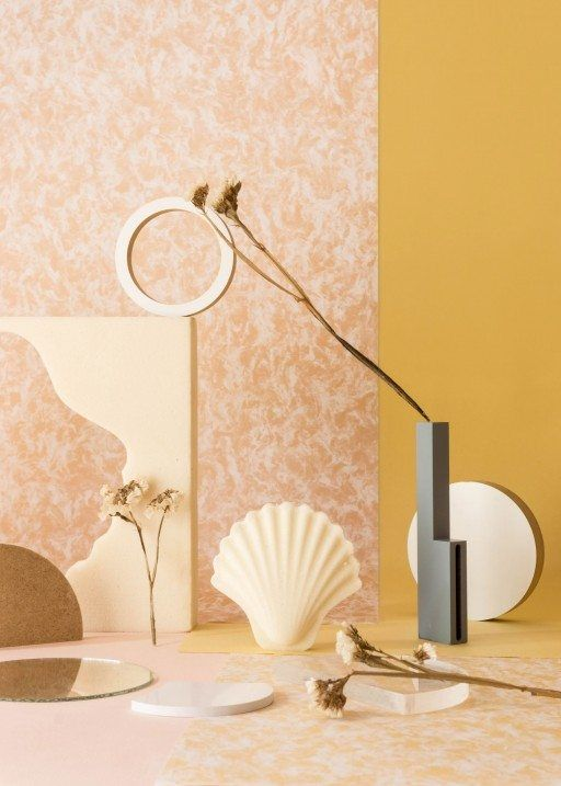 Week of November 20, 2017 - Huskdesignblog | Los Objetos Decorativos, Rosa Rubio | ceramic objects | shell vase | terracotta vase | clay vase | natural ceramics | shell boxes | set design | objects styling | pink vase | millennial pink | grey wall | beige wall | furniture styling | interior stylist | flower pot | decorative objects | home decor | graphic | shell pattern