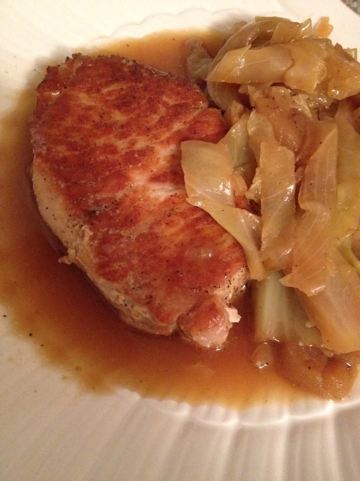 Braised Pork Chops Cabbage and Apples | Main Course | Pinterest