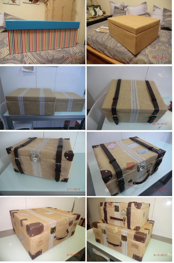 reciclando cajas de cartón, arpillera o tela de saco y cinturones en desuso.