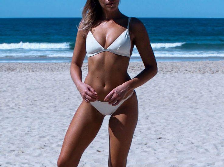 Minimal Eco Bikini. Nala White Reversible Bikini