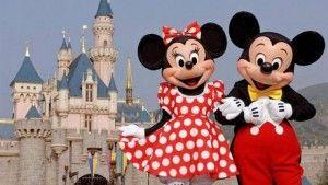 Boek nu deze ge-wel-dige 4-daagse autoreis Disneyland Paris! Kom en ontdek de Magie van Disney in Disneyland® Paris, waar je dromen werkelijkheid worden. Geniet van spectaculaire attracties, indrukwekkende parades, maar vooral van de fantastische sfeer in de Disney Parken.