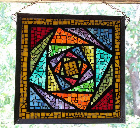 Love the color blocking on this mosaic