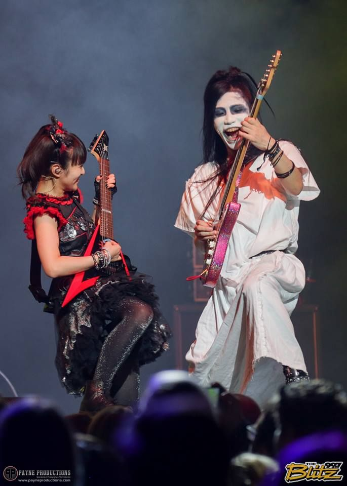 Moametal vs Takayoshi Ohmura guitar battle