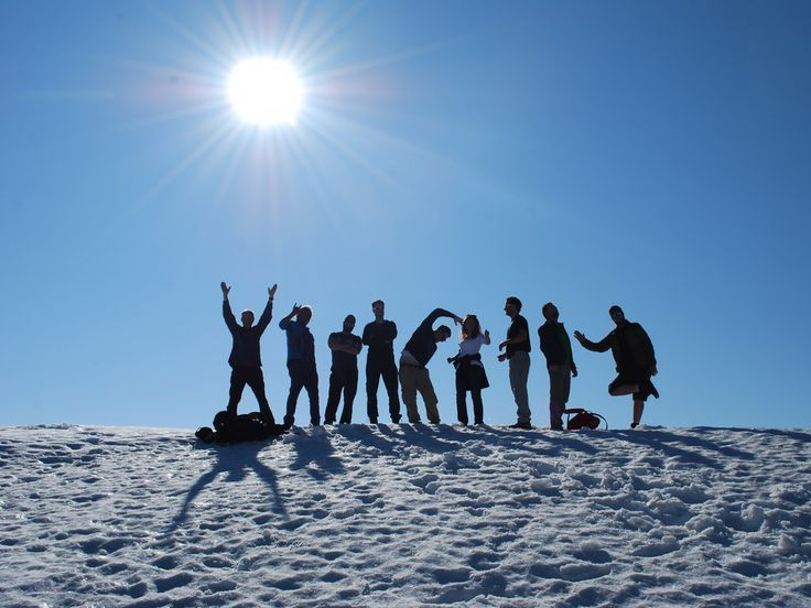 Teamfoto im Schnee.