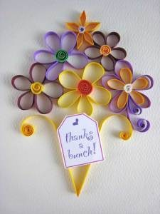 Quilled flowers for a thank you card
