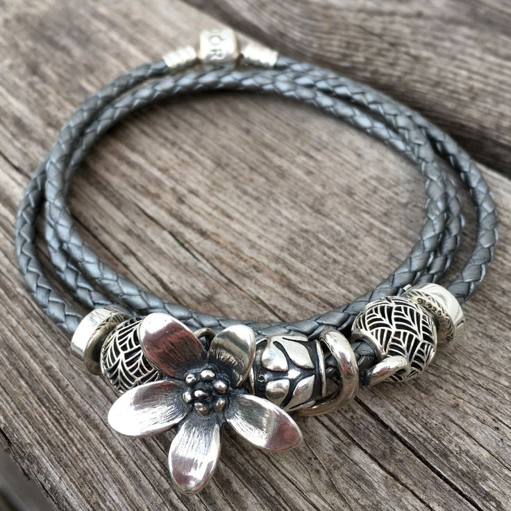 Trollbeads Anemone on Pandora Leather