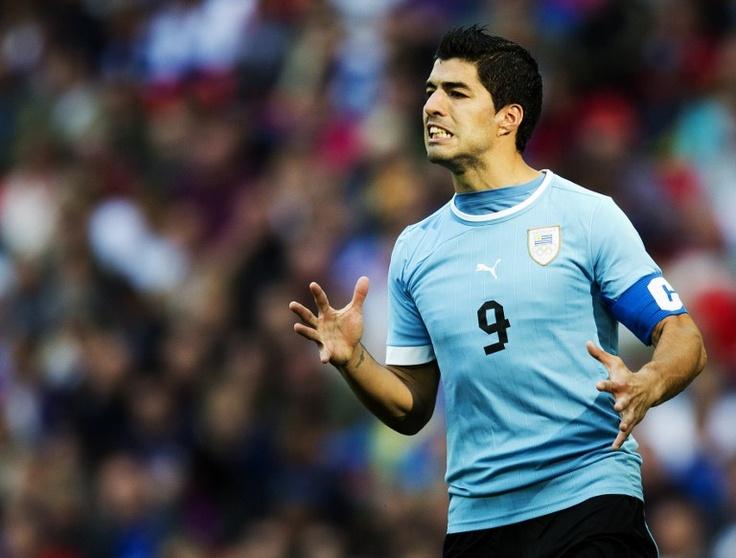 SUÁREZ, Luis | Forward | Liverpool FC (ENG) | @luis16suarez | Click on photo to view skills