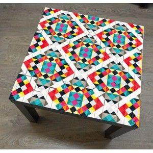 Stikers Méchant Vinyle style Mosaique 19 eur pour table ikea Lack : trop bonne idée