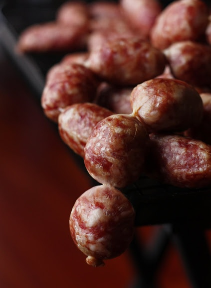 ♥Traditional Fermented Sausages♥ How to: step by step http://www.meatsandsausages.com/sausage-types/fermented-sausage/traditional