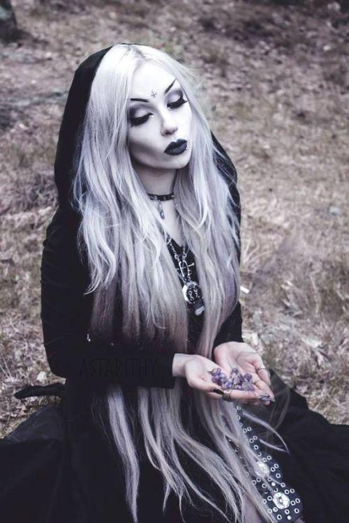 O cemitério pelo luar   – Gothic, Steampunk & Co.