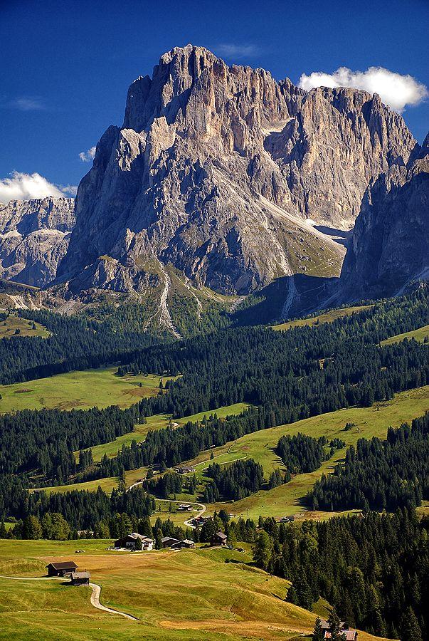 Seiser Alm, highest Alpin altitude meadow in Europe, Photo by mutrus. Trentino Alto Adige