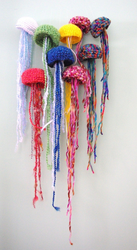 Crochet Jellyfish by hilinkyStars bright beats ...
