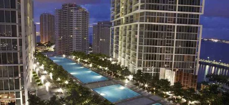 Viceroy Miami Hotel   Only two minutes from Icon Brickell, Icon-Viceroy by Sunnyside Retreats is set in the heart of Miami. Book Unique Hotels up to 70% off clicking on photo. #miamihotels