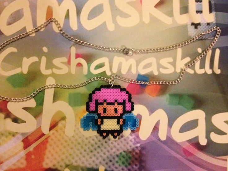 HAMA BEADS. Colgante Angel