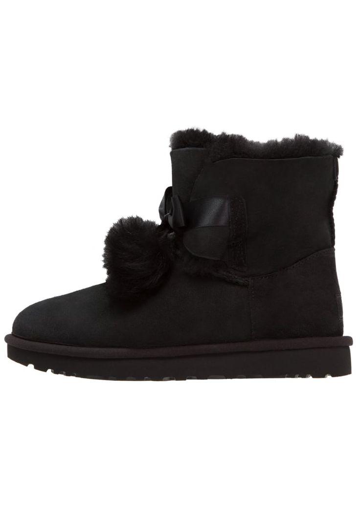 ¡Consigue este tipo de zapatillas altas de UGG ahora! Haz clic para ver los detalles. Envíos gratis a toda España. UGG GITA Botines black: UGG GITA Botines black Zapatos   | Material exterior: cuero velour, Material interior: piel, Suela: fibra sintética, Plantilla: lana | Zapatos ¡Haz tu pedido   y disfruta de gastos de enví-o gratuitos! (zapatillas altas, alta, bota, zapatillas medias, high, high-tops, high top, bota, botas, boot, boots, corte alto, hohe sneakers, tenis altos, chaussu...