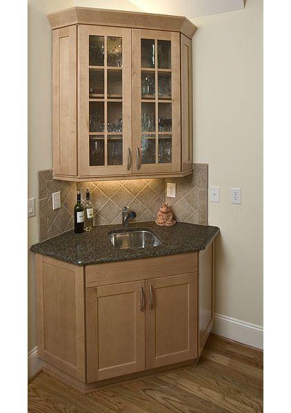 17 best ideas about corner liquor cabinet on pinterest for Kitchen corner bar ideas