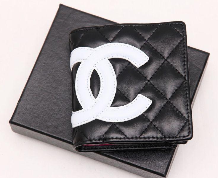 Кошелек Chanel небольшой. Натуральная кожа ягненка