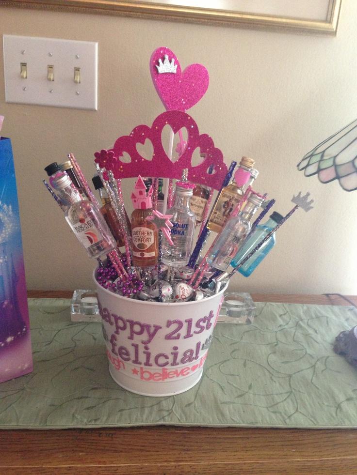 Best 25 21st birthday centerpieces ideas on pinterest for 21st birthday decoration ideas pinterest
