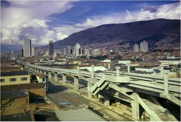 construcci n metro medell n medell n colombia