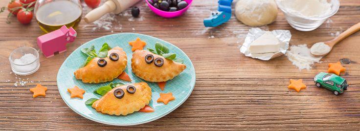 Quando arrivano in tavola è subito festa: sono sfiziosi come una pizza e si possono mangiare con le mani! Ecco come prepararli: