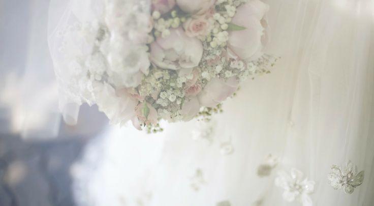 Свадебный букет из белых пионов | студия флористики, свадебного и домашнего декора Seadream