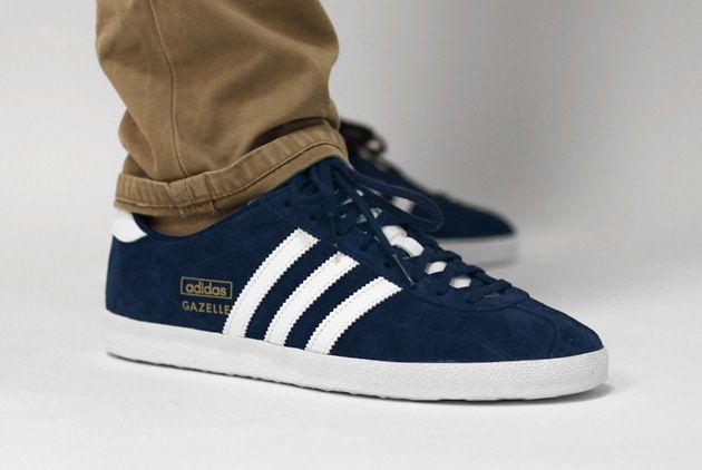 adidas gazelle bleu marine et blanche