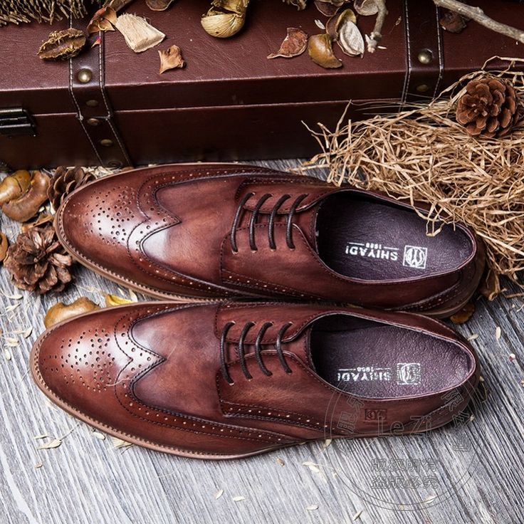 104.47$  Buy here - http://alid3f.worldwells.pw/go.php?t=32753232231 - Retro Gentleman Wood Grain Man Shoes Boss High Quality Brogue Italian Men Shoes Dress Shoes Luxury Carved Guest Derby Shoes
