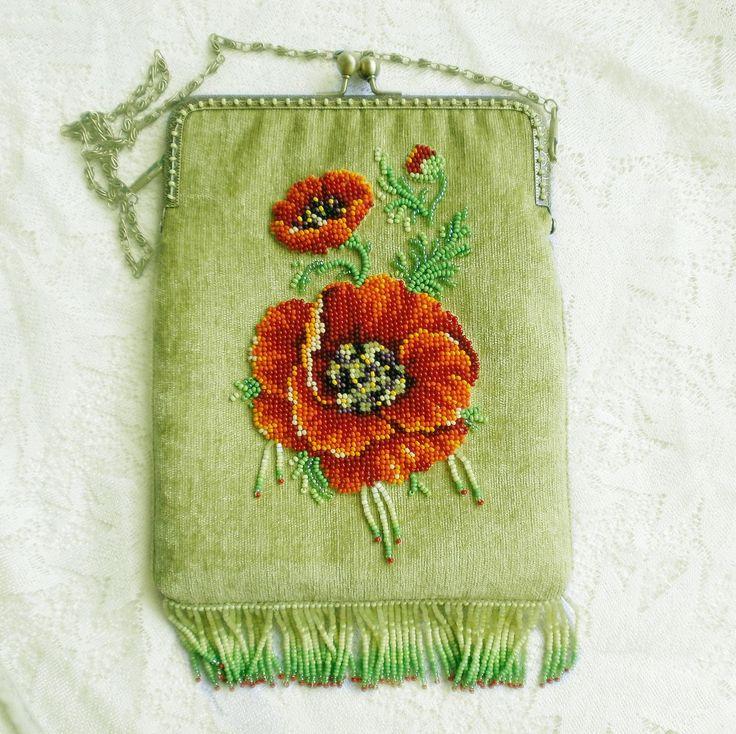 Комплект (сумочка и очечник) Маковое поле