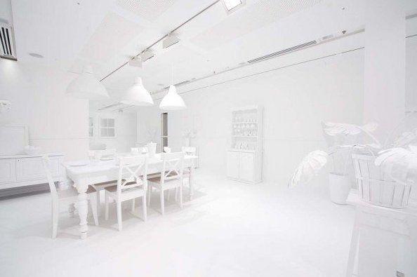 Primer día, habitación completamente blanca