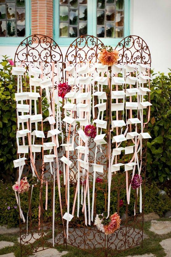 a trellis and ribbon- what an adorable idea