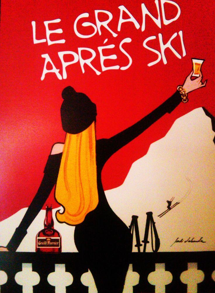 après ski... Voila #helmethuggers #ski #fashion