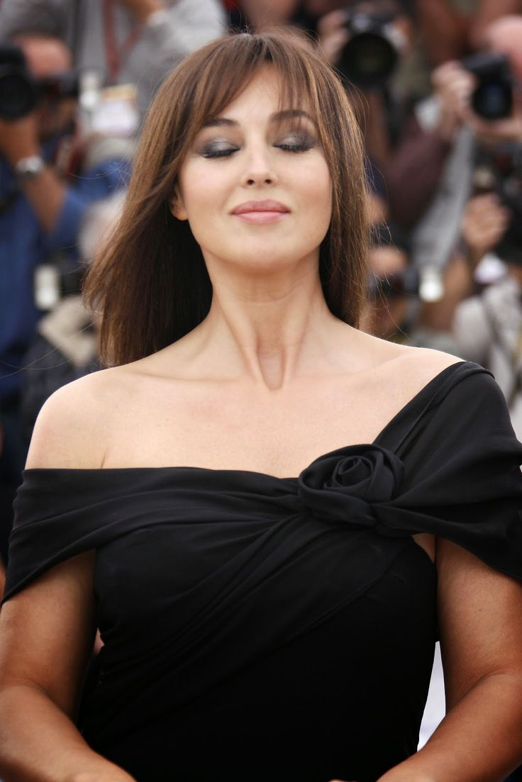 italian actress monica bellucci hd images monica bellucci is oldest bond girl in new film. Black Bedroom Furniture Sets. Home Design Ideas